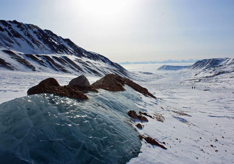 record-year-for-reduction-in-the-greenland-ice-sheet-251701-1_768