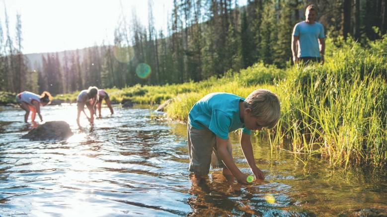 niños-naturaleza-salud