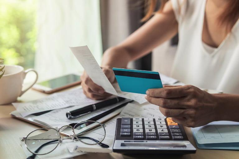 paying-bills-768x512