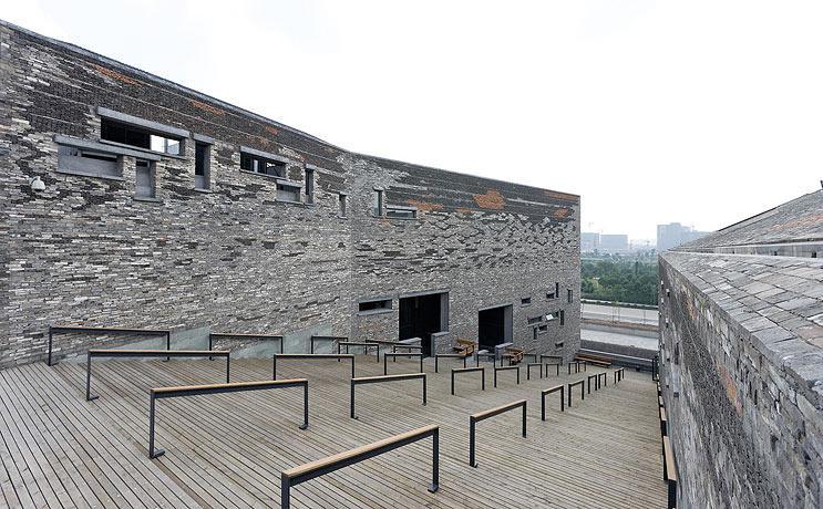 1330358892_wang_shu_ningbo_museum_43911