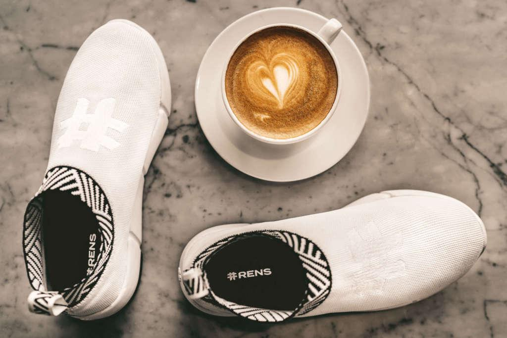 Rens-zapatillas-elaboradas-con-restos-de-café-1024x683