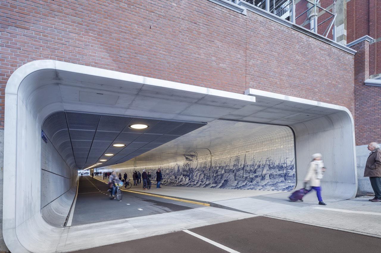 portada_611_Langzaamverkeerspassage_Amsterdam_CS_N23